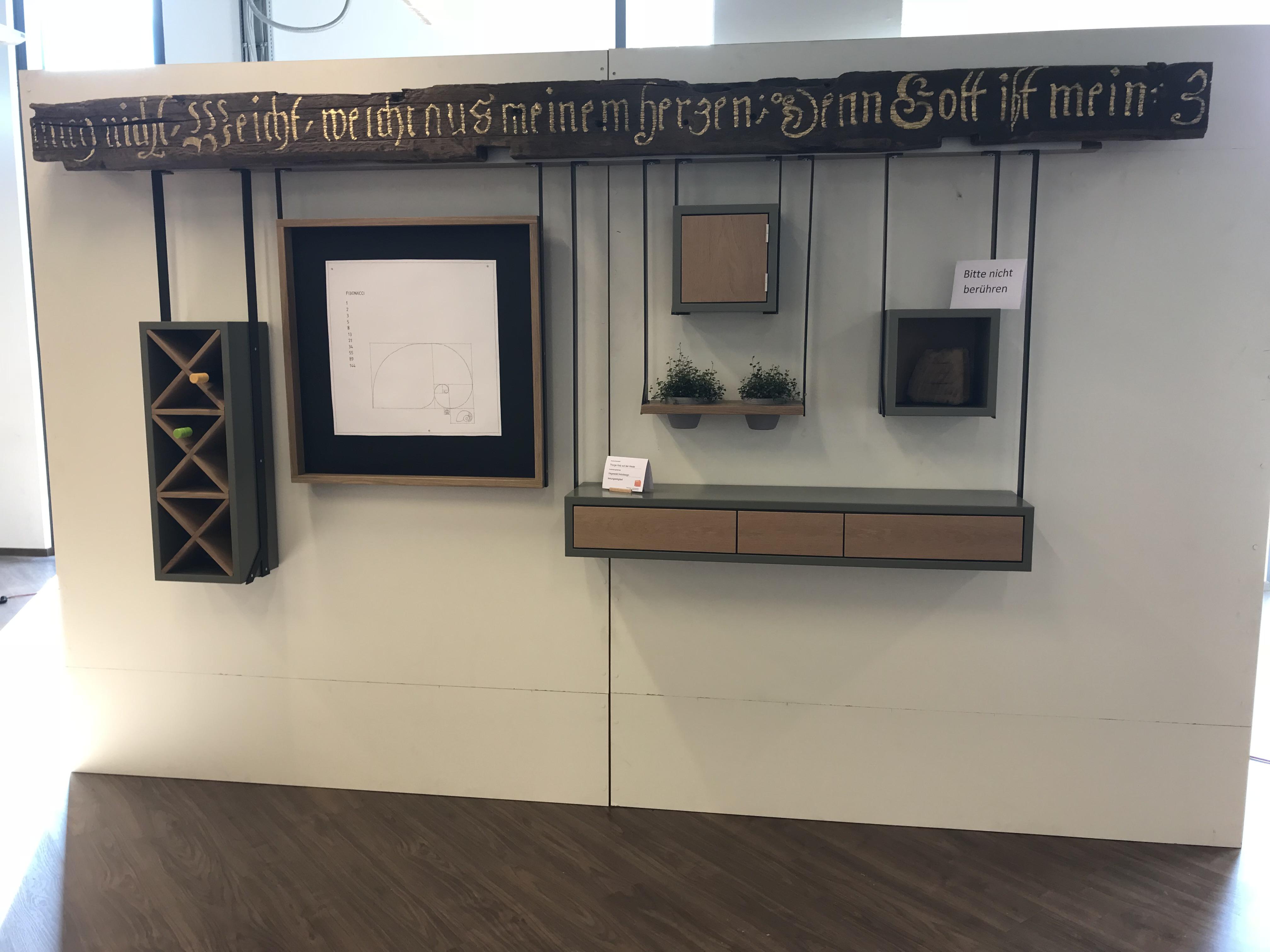 Tischlerinnung  – Ausstellung der Gesellenstücke